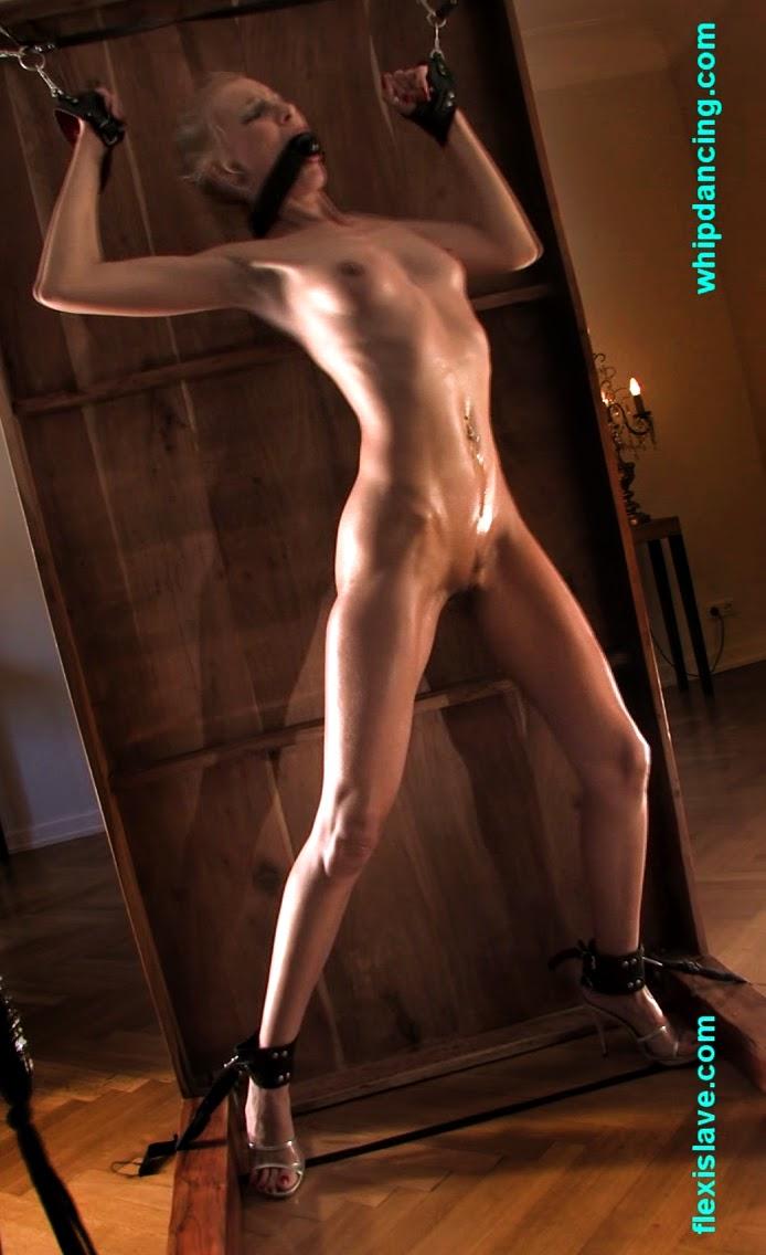 slave girl spank