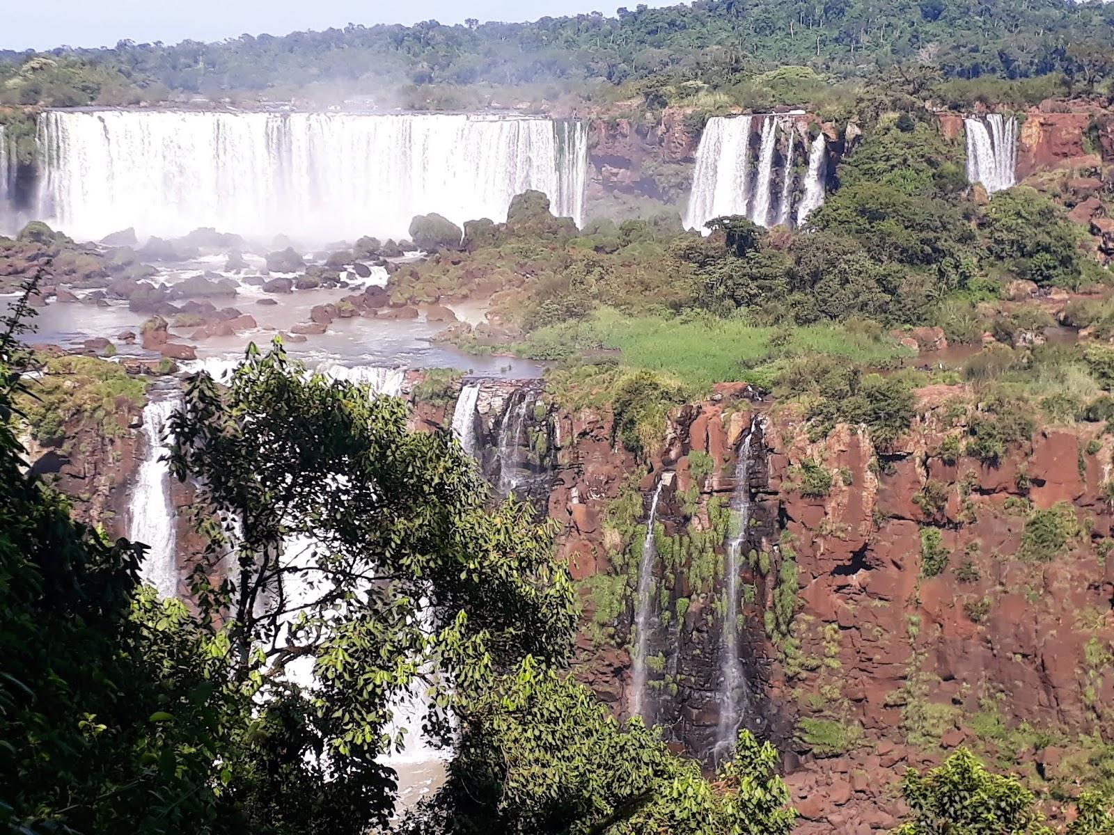 reputable site bf975 e7405 Lágrimas y más lágrimas en las Cataratas de Iguazú, Mencha