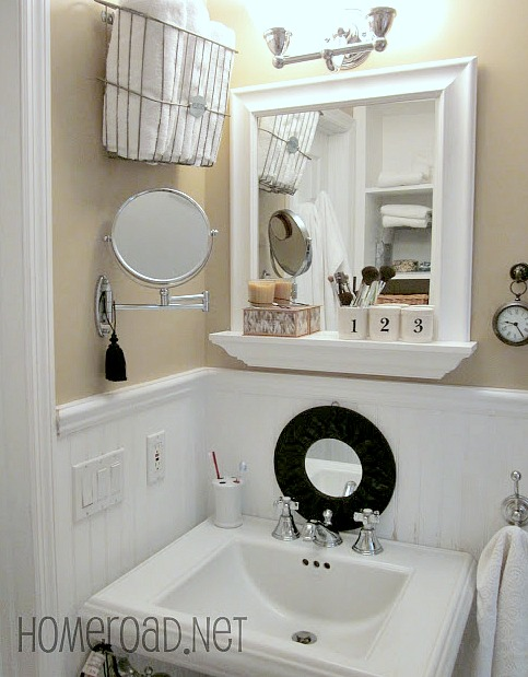 Tiny bathroom storage and organizing solutions.