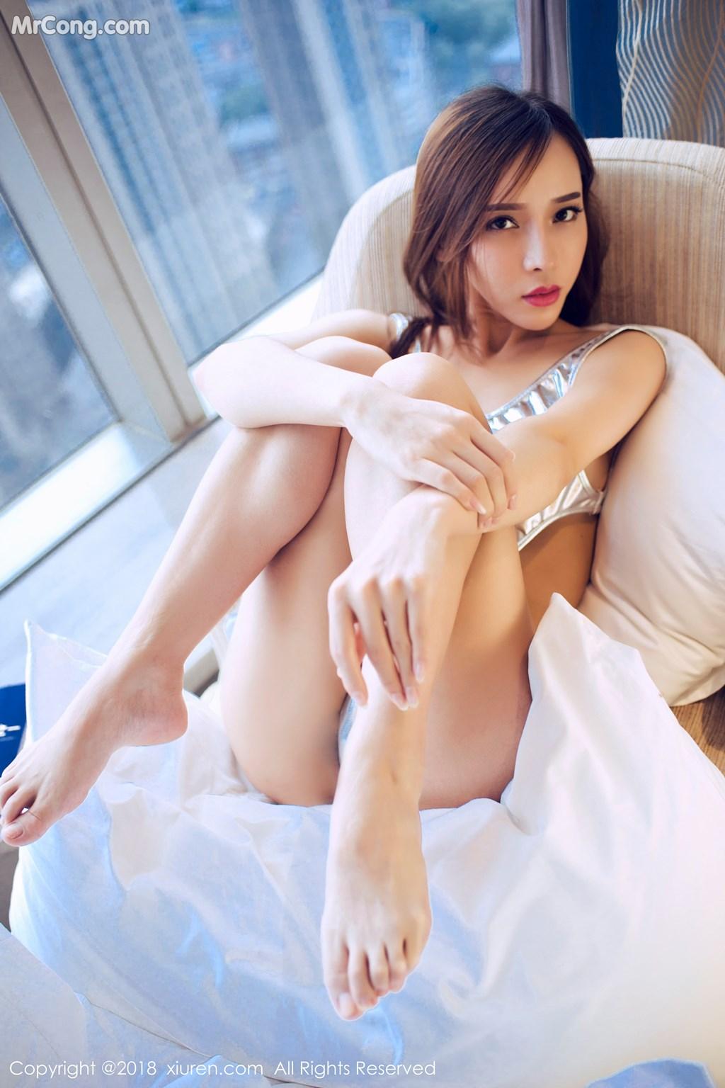 Image XIUREN-No.946-Ai-Xiao-Qing-MrCong.com-021 in post XIUREN No.946: Người mẫu Ai Xiao Qing (艾小青) (46 ảnh)