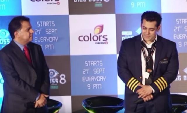 Salman khan hentikan acara untuk mendengarkan adzan