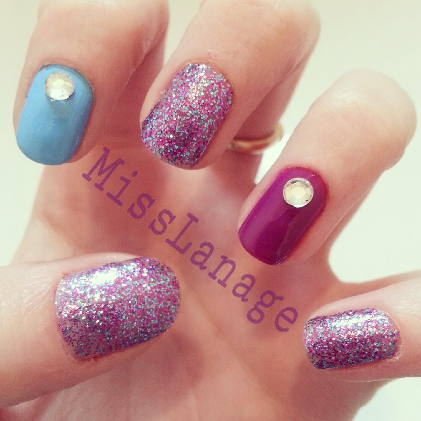 Glitter Nail Art Designs: Nail Designs With Rhinestones
