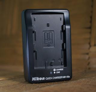 Charger Nikon D80, D90, D200, D300 ( MH-18a )