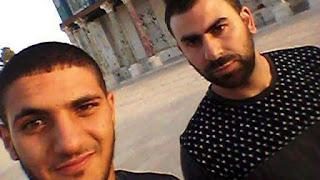 Três palestinos matam policiais israelenses em Jerusalém