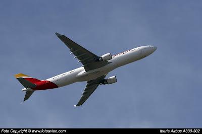 Avión | Airbus A330 EC-LZX