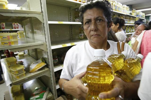 LA MARATÓNICA JORNADA DE COMPRAS DE LOS VENEZOLANOS EN CÚCUTA (FOTOS)