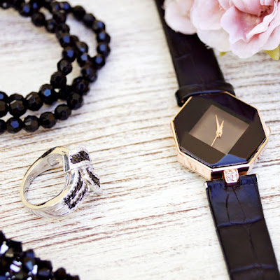 Avoid bringing along pricey jewelry when traveling | NileCorp.com