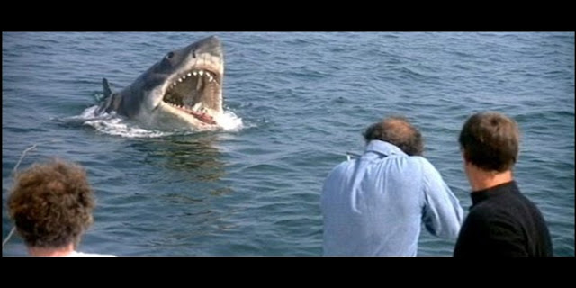 Successful Movies, Jaws, Failures, Success Story, Steven Spielberg, mechanical shark, shark malfunction, suspense, terror movies, all time movies, over-budget, inspirational story.