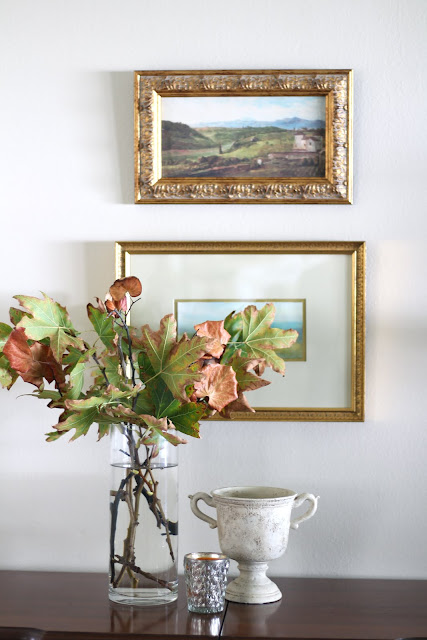 fall home tour leaves glass vase vignette
