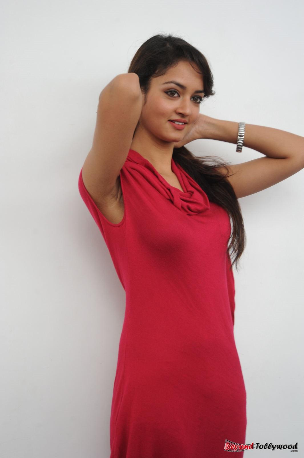 Shanvi Cute Hd Wallpapers Image Galaxy Shanvi Stills At Adda Movie Successmeet