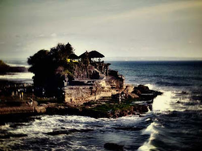 Tanah Lot, Bali - Tempat Wisata di Bali