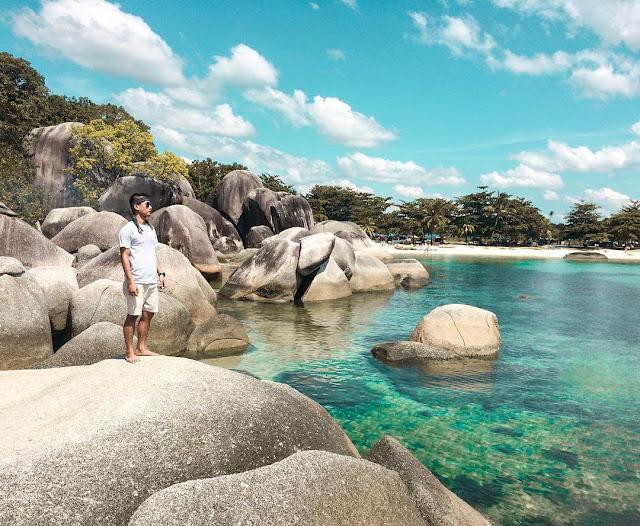 pantai tanjung tinggi terindah di indonesia