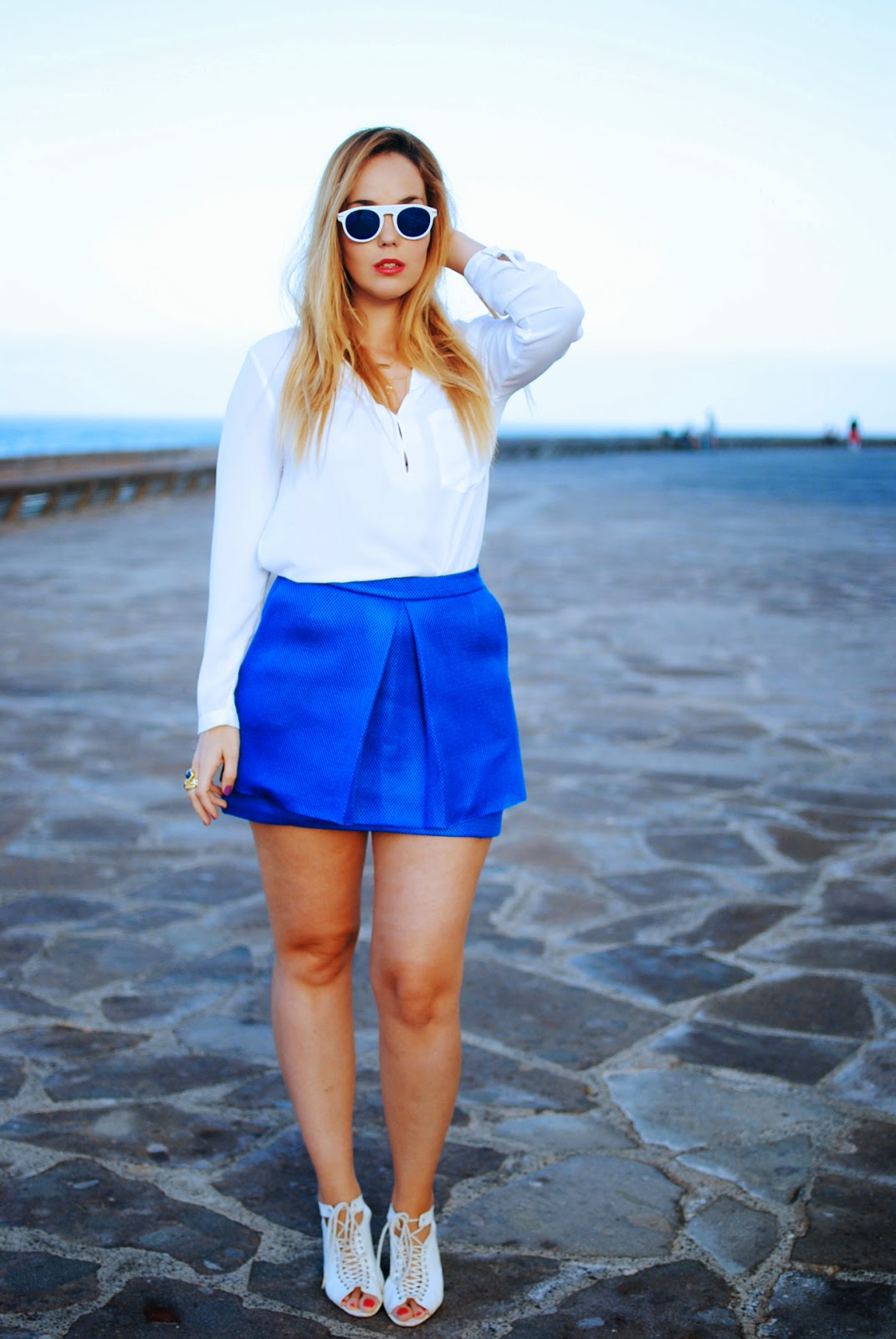 nery hdez, gafas de espejo, azul klein, blonde, wholesales celebshades, front row shop,