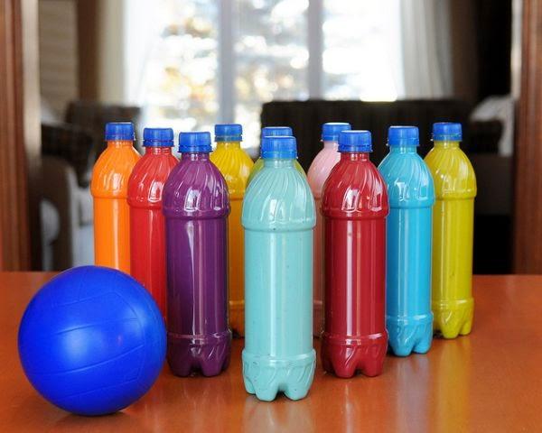 Juego de Boliche de Botellas de Plastico
