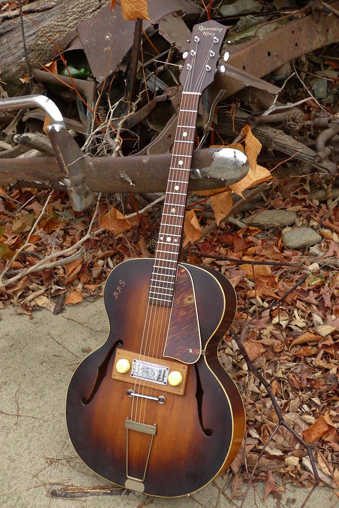 regal made recording king electric archtop guitar. Black Bedroom Furniture Sets. Home Design Ideas