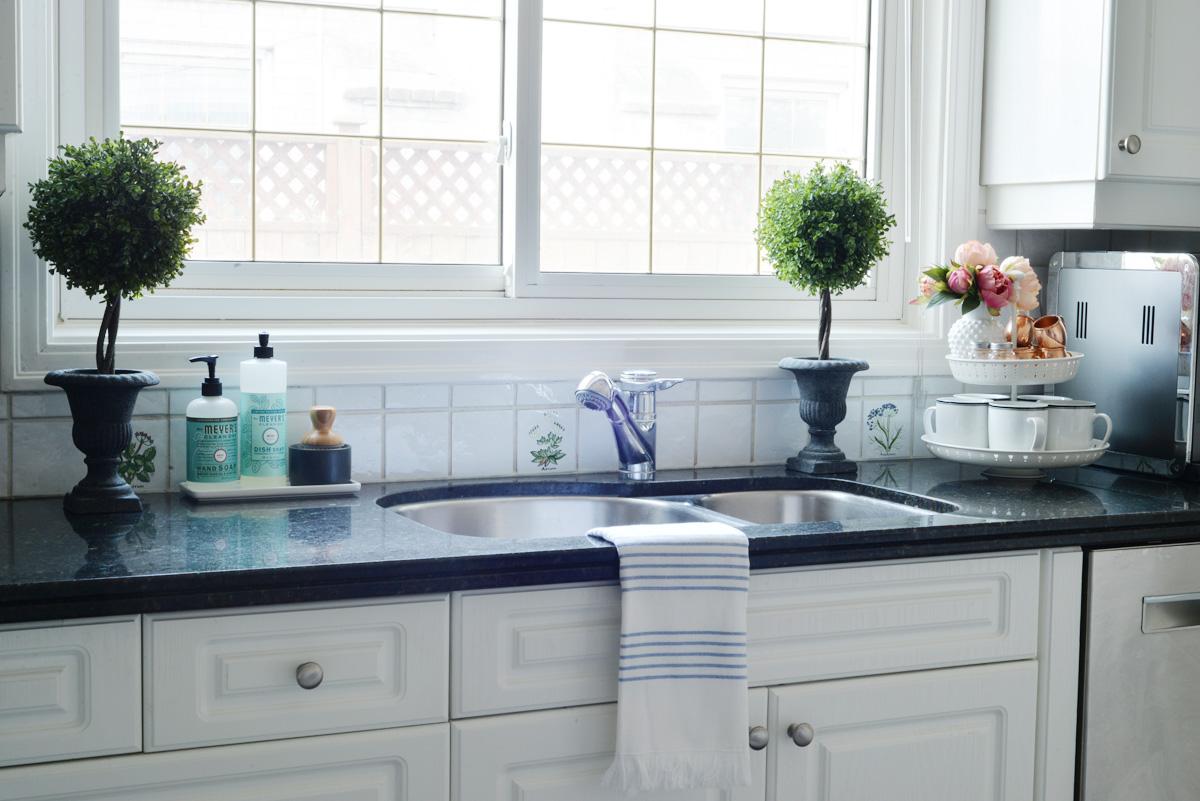 Spring In The Kitchen - Rambling Renovators