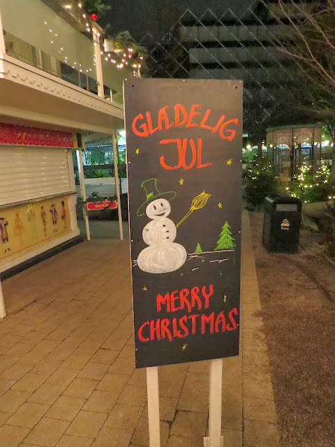 Merry Christmas Sign in Danish