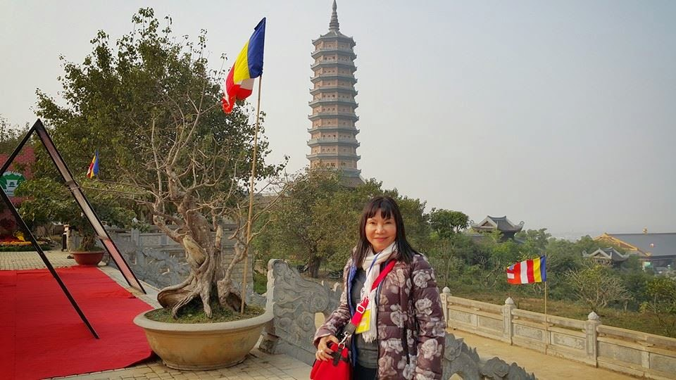 Đại biểu Hành Trình Việt tham dự lễ đón bằng UNESCO tại quần thể danh thắng Tràng An