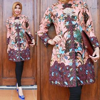 Baju Batik Wanita Berjilbab