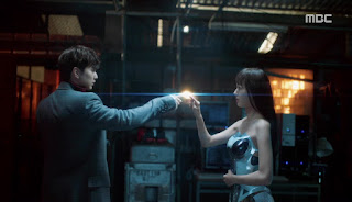 Sinopsis I'm Not a Robot Episode 2