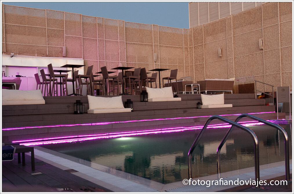 Piscina del Hotel Meliá Dubai