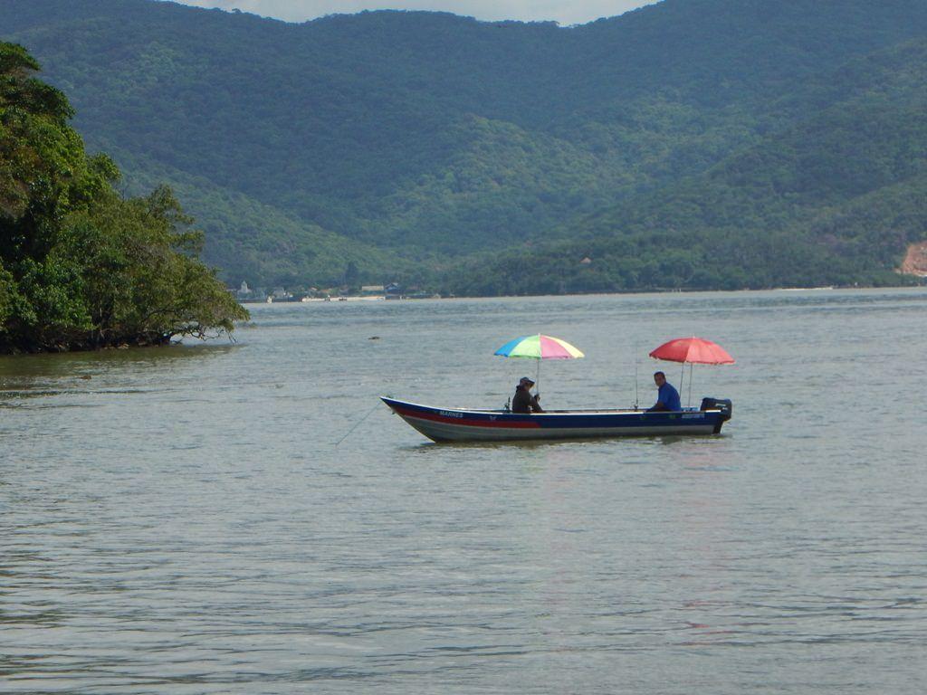 Passeio no Barco Príncipe Joinville