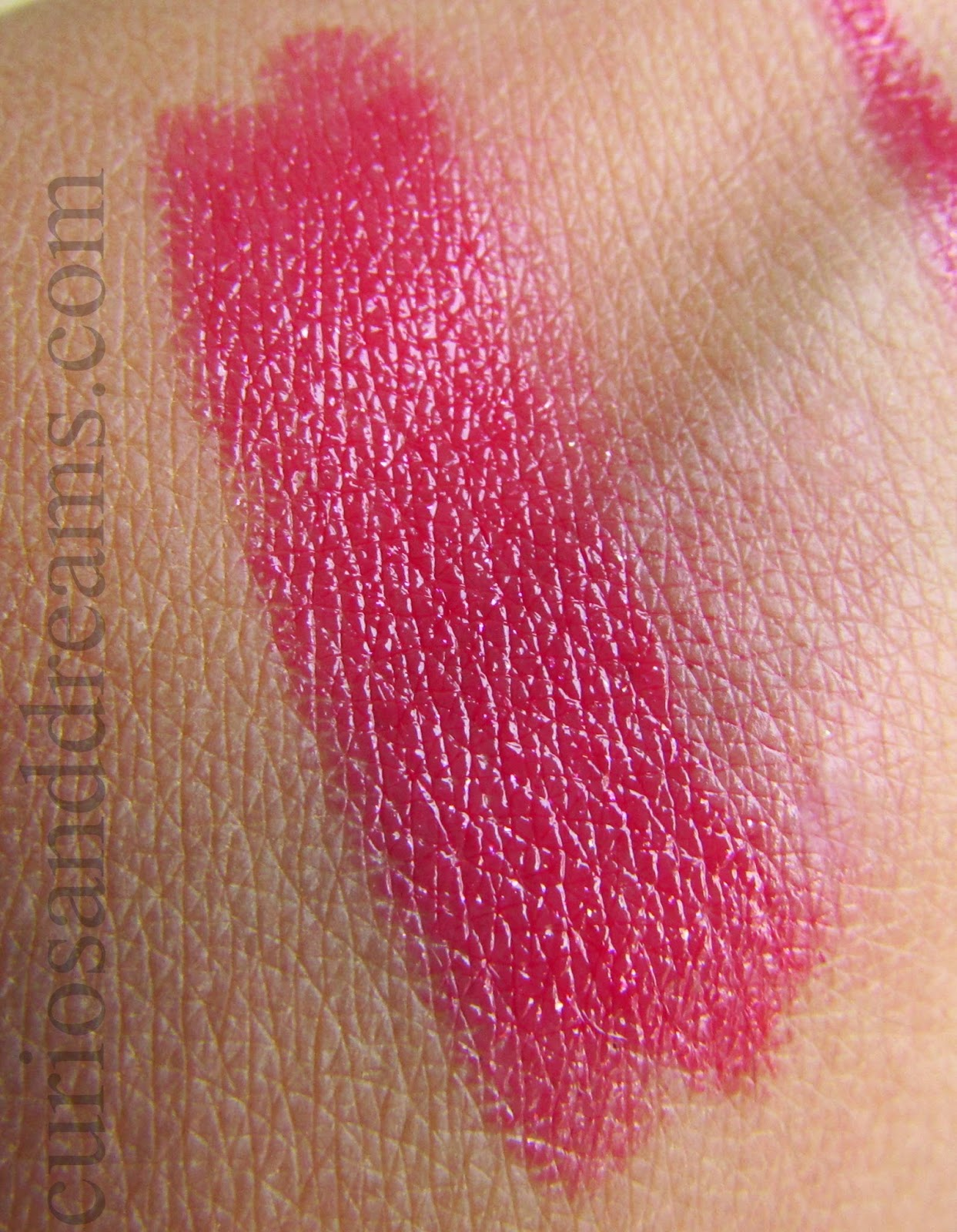 L'Oreal Glam Shine Balmy Gloss Pomegranate Punch Review, L'Oreal Balmy Gloss Pomegranate Punch Review, L'Oreal Pomegranate Punch Review