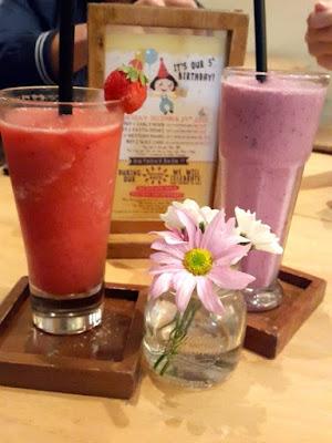 Strawberry juice at Hummingbird Eatery Bandung