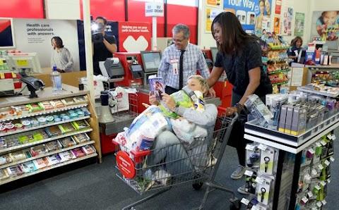 ellen degeneres e michelle obama fanno shopping insieme, video