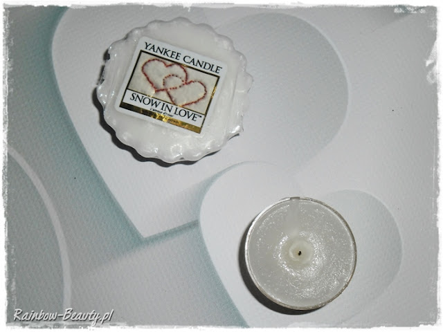snow-in-love-yankee-candle-tealight-review-blog-opinie-zapach