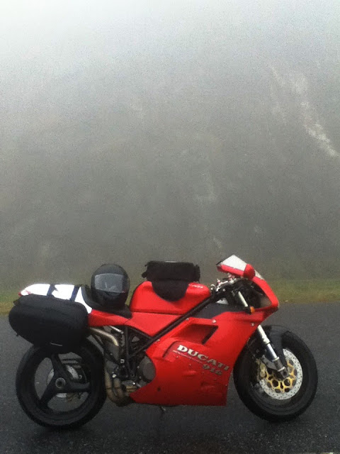 Ducati 916 in the Fog