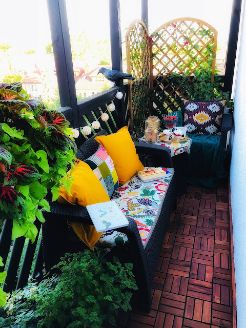 Jak wybrać meble na balkon? Praktyczny poradnik.