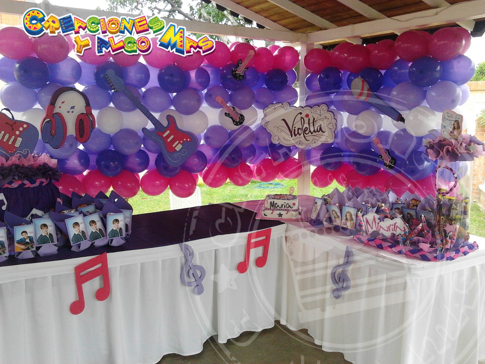 Fiesta motivo violetta party violetta disney - Casa para fiesta ...