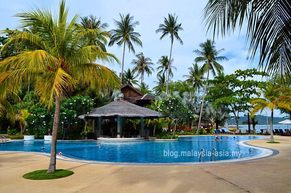 Vivanta Rebak Resort Pool