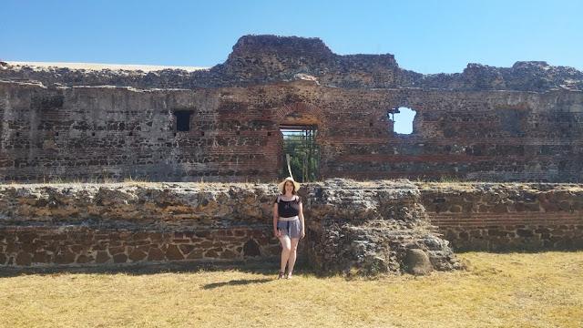 Ruínas de São Cucufate, Vidigueira: fachada principal da villa do Bispo