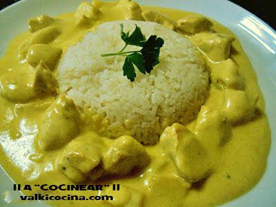 Pechuga de pollo al curry a cocinear recetas for Como cocinar pollo al curry