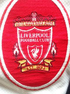 escudo Liverpool, You'll Never Walk Alone