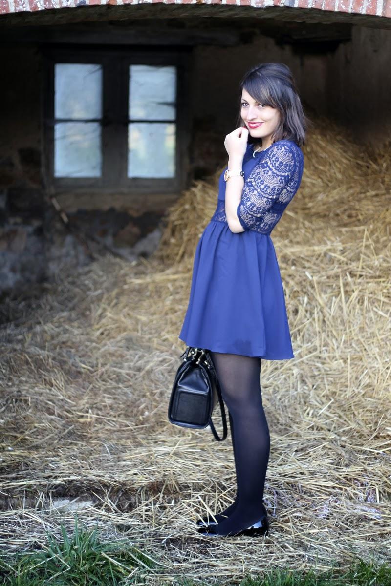 Fabulous Dressed Blogger Woman From Man Corner