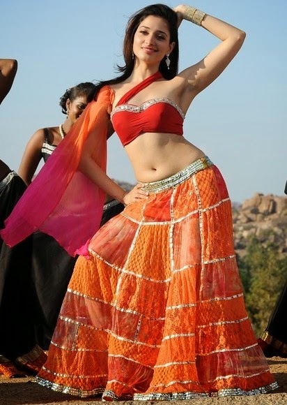 Tamanna In Tadakha Halfsaree: Actress Tamanna Hot Navel In Half Saree Photos