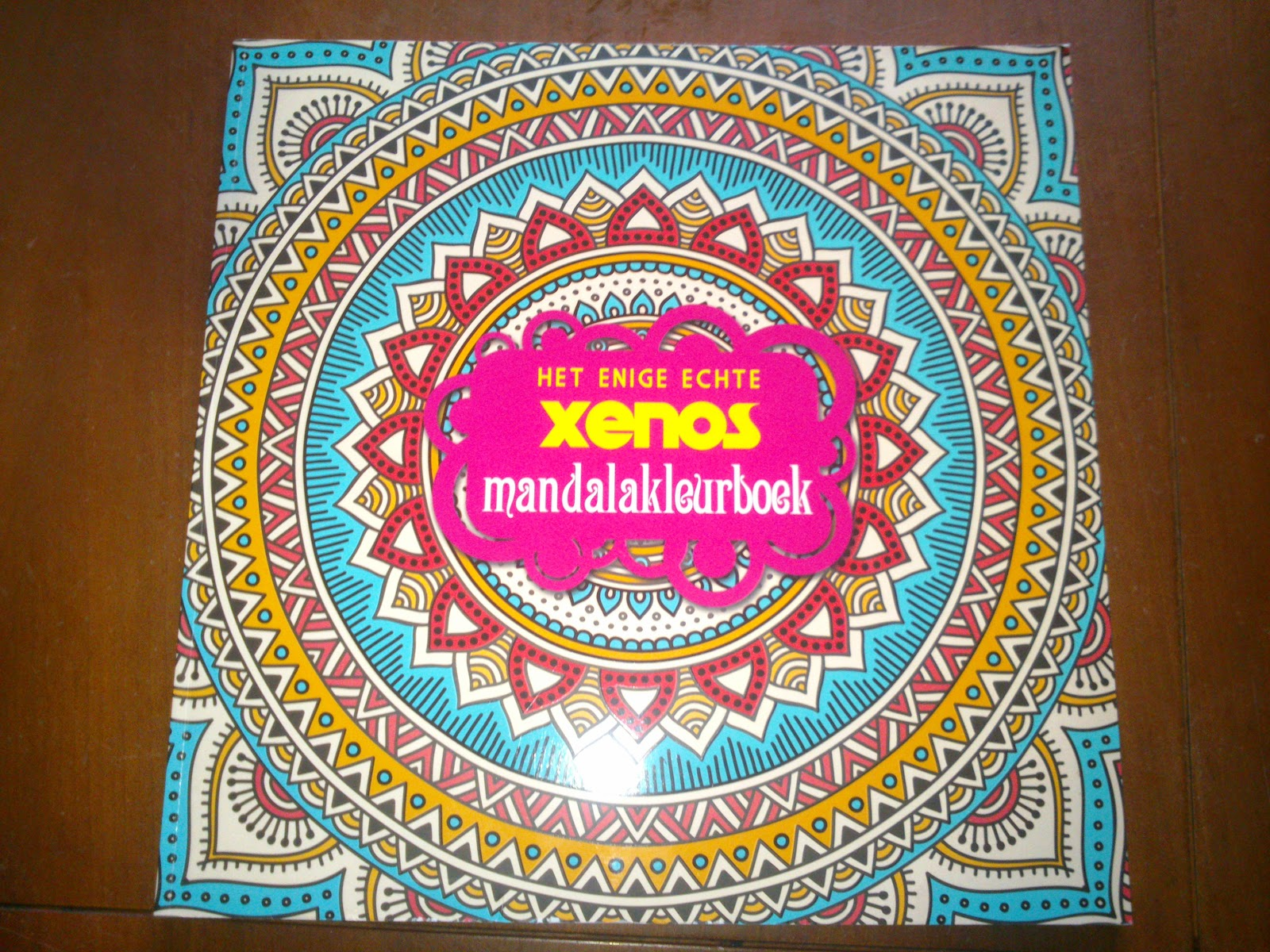 Mandala Kleurplaten Bestellen.Gastreview Het Enige Echte Xenos Mandala Kleurboek Perfectsourcolors