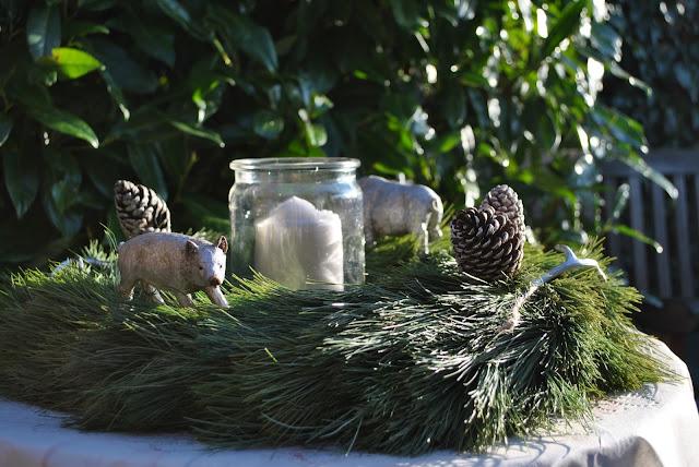 Adventskranz als Gartendeko