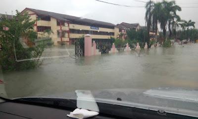 SMK Bukit Payong Jerteh  banjir tahun 2017