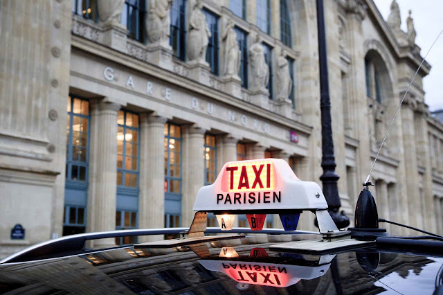 Taxi service in Paris from Gare du Nord Station to Hotel