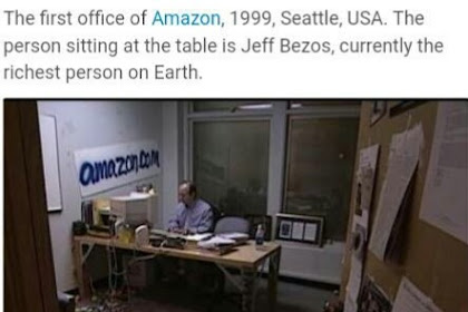 Rare Picture Of World's Richest Man, Jeff Bezos In His First Office, 1999