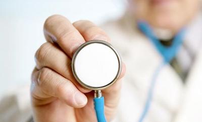 Dokter Sebagai Tenaga Kesehatan Profesional