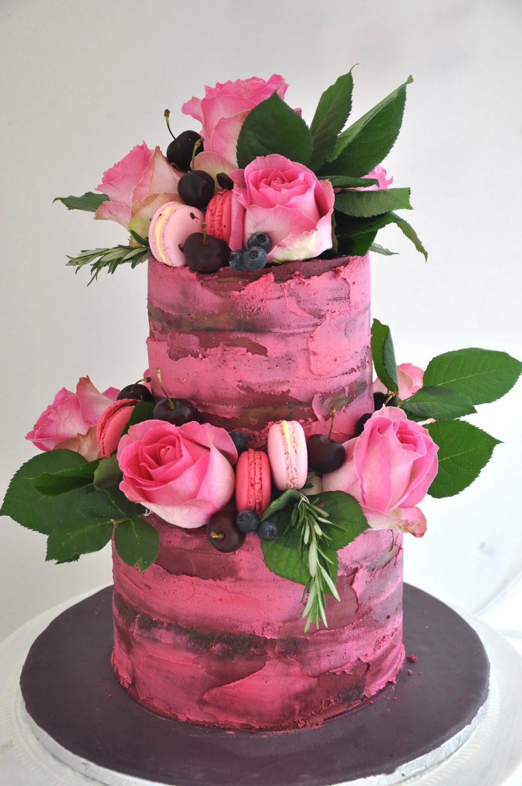 Rozanne\'s Cakes: Pink and maroon Naked Cake with fresh decor