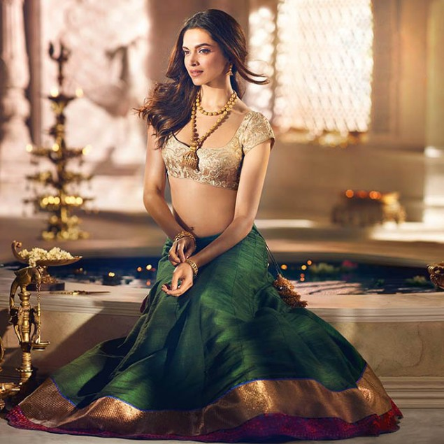 actress deepika padukone latest cute hot hd photoshoots ForDeepika Padukone New Photoshoot For Tanishq Jewelry Divyam Collection