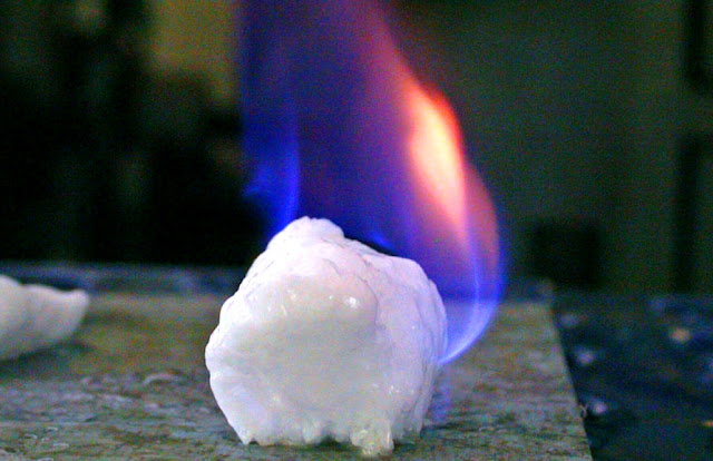 China Successfully Mines Flammable Ice From the South Sea