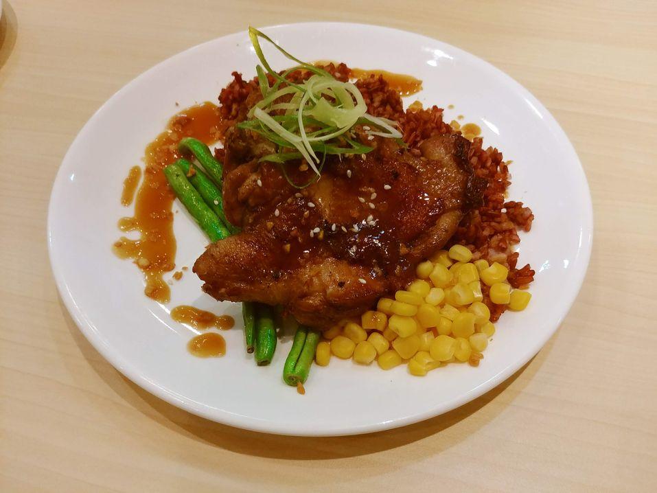 Y Café Hainanese chicken steak