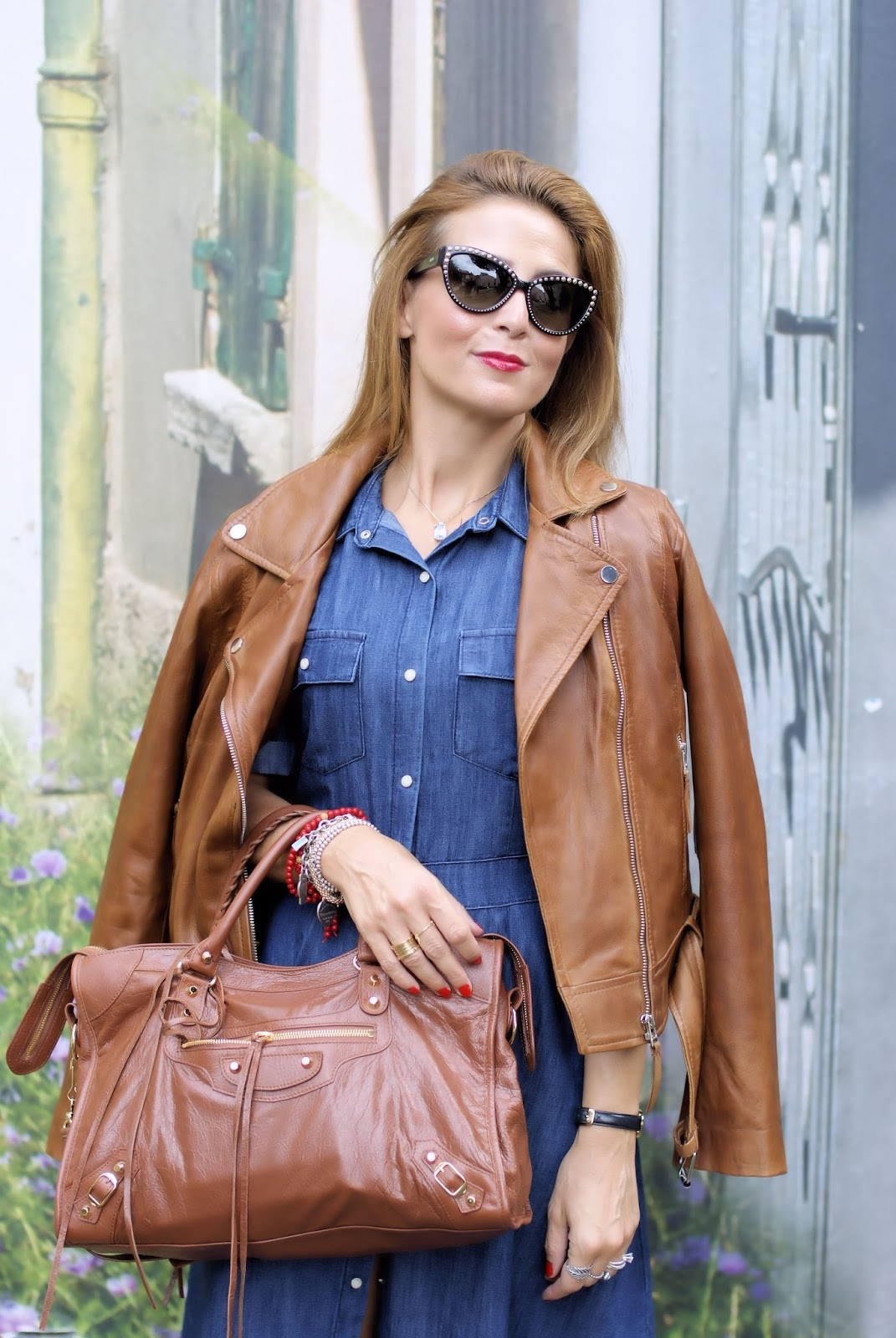 How to wear cognac leather and denim on Fashion and Cookies fashion blog, fashion blogger style